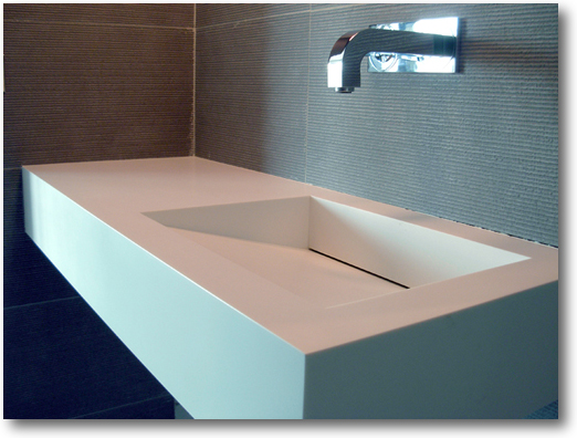 Plan vasque corian avec vacuation dissimul e crea for Plan vasque design